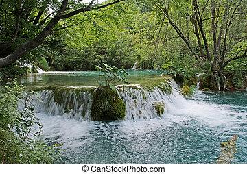 石頭, 山 小河, amaongst, 水, 流動, 荒野, 或者