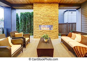 石, デッキ, 木製である, 現代, 天井, 贅沢, 外面, 暖炉
