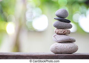石, ピラミッド, 積み重ねられた, 自然, バックグラウンド。, 緑, バランス, 柔らかい