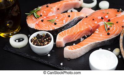 石, 概念, 玉ねぎ, オメガ, 鮭, 暗い, 未加工, 3, 脂, 背景, 食事, ローズマリー, ステーキ, スパイス, 不飽和