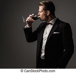 確信した, 服を着せられる, ガラス, シャープ, 人, ワイン