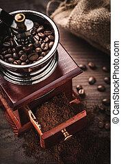 磨工, 咖啡豆