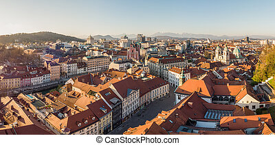 社会, スロベニア語, 2020, パノラマである, 資本, ウイルス, コロナ, ljubljana, 処置, 空, ...