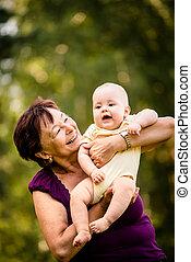 祖母, 赤ん坊, 引退, -, 幸せ