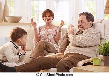 祖父母, 在家