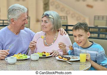 祖父母, 朝食, 孫