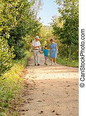祖父母, 歩くこと, 孫, 屋外で