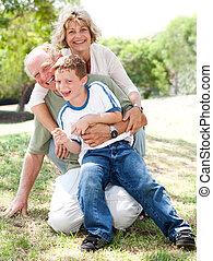 祖父母, 遊び, 孫