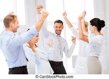 祝う, 勝利, オフィス, ビジネス チーム