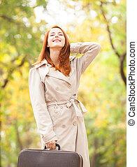 秋, 女の子, 屋外, スーツケース