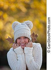 秋, 微笑の女の子, 幸せ