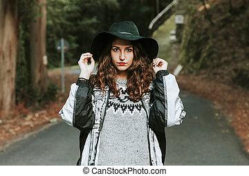 秋, 肖像画, 女, 若い, 屋外で