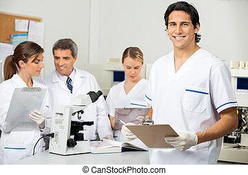 科学者, クリップボード, マレ, 保有物, 実験室
