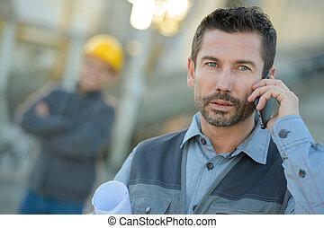 移動式 電話, 倉庫, ビジネスマン, 前部