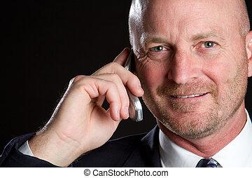 移動電話, 人