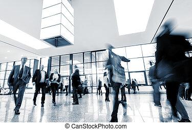 移動, 人群, 在, a, 展覽