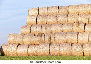 稻草, 领域, 堆