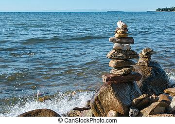 積み重ねられた, ピラミッド, 海景, 景色, 石, 概念, 波, baikal, 調和, ボールダー, 湖, バランス, inshore