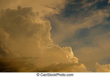 空の雲, 日没