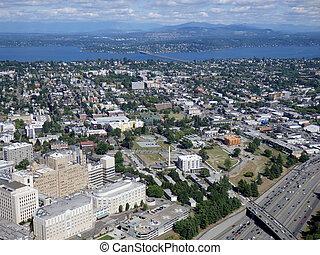 空中写真, の, ダウンタウンに, シアトル, 建物, 橋, 組合, 湖, そして, ハイウェー