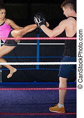空気, 蹴り, 女性, 練習する, ボクサー