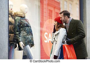 窓買い物, の間, 恋人, 幸せ, 冬季