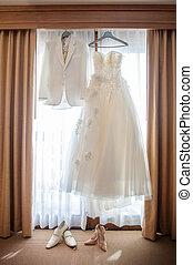 窗口, 暫停執行衣服, 婚禮
