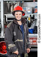 站立, 愉快, 卡車, 針對, 消防隊員