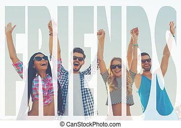 站, 四, 保持, 角度, 人们, forever., 天空, 年轻, 对, 武器, 快乐, 当时, 低, 扣留手, 提高, 朋友, 察看