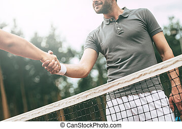 站, 角度, 感谢, game!, 振动, 形象, 网球, 二, 运动, 当时, 低, 手, 概念性, 法院, 你, 察看, 衣服, 网, 人