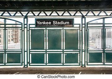 競技場, yankee, 列車
