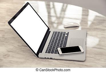笔记本电脑, 带, 聪明, 电话, 在上, 桌子