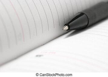 笔记本, 同时,, 钢笔, 关闭