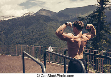 筋肉, 屋外で, 形, 提示, 若い, ボディービルダー
