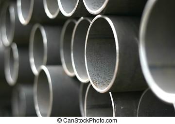 管子, 金屬