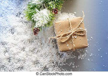 箱, ブランチ, 贈り物, ペーパー, 背景, トウヒ, 白, クラフト