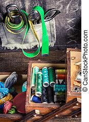 箱, 木製である, ボタン, テーラー, 糸, 針