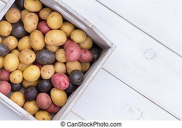 箱, 木製である, 多彩, ベビージャガイモ