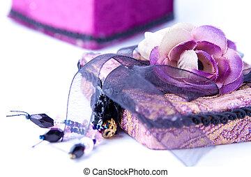 箱, 贈り物, 紫色, バラ, isolated., 開いた