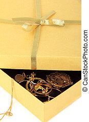 箱, 金, 宝石類, 贈り物, 背景, 白