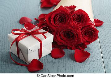 箱, 青, 贈り物, 花束, ばら, 木, テーブル, 赤