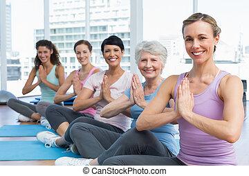 类别, 坐, 带, 共同联手, 在中, 行, 在, 瑜伽类别