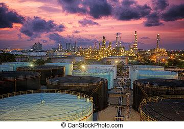 精炼厂, 油