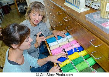 糸, コレクション