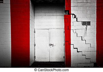 紅和白, 門口