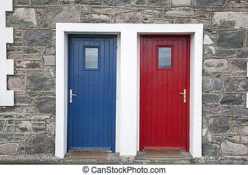 紅色, 以及藍色, 門