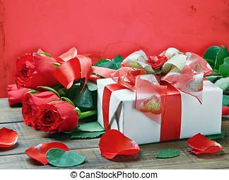 紅色 玫瑰, 以及, 禮物盒, 為, 生日, 情人節, 週年紀念