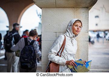 素晴らしい, 女性, 観光客, ∥で∥, a, 地図