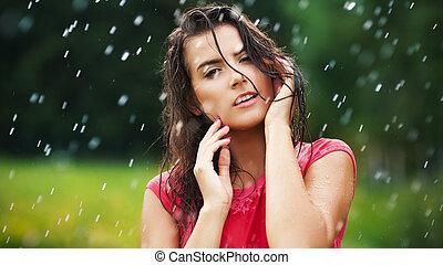 素晴らしい, 女, 中に, 低下, 雨
