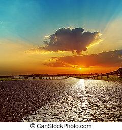 素晴らしい, 日没, 上に, アスファルト坑道